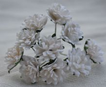 WHITE ASTER Daisy (1.3 cm) Mulberry Paper Flowers